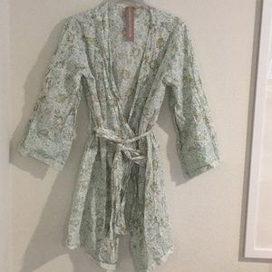 Plum Pretty Sugar cotton block print robe